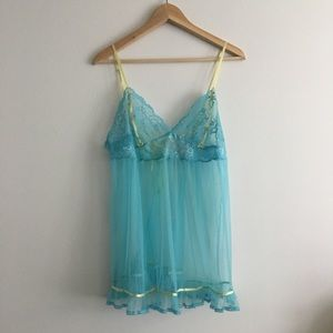 Victoria's Secret SEXY Lace Night gown Slip